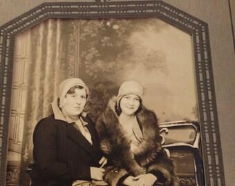 Vintage Photo, Vintage Women Photo, Antique Photo, Mother Daughter Vintage Photo, Sisters Vintage Photo