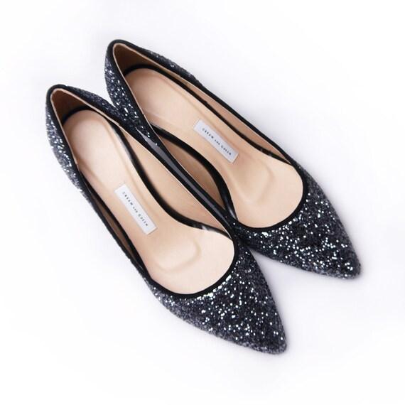 Items similar to EU 40,Low heel wedding shoes ,black ...