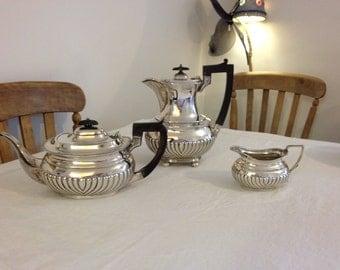 Queen Anne style Silver tea set - Sheffield 1898