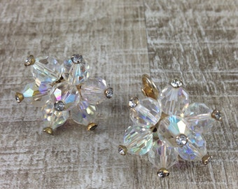 Stunning Vintage Estate Gold Tone Crystal Rhinestone Clip Earring