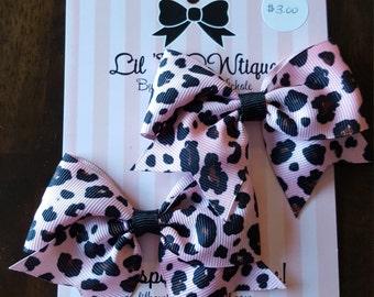 Pair of mini cheer bows animal print