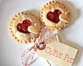 Heart Shaped Pie Pops, Wedding Favors, Bridal Shower, Pies on a Stick, Cherry Pie, Rustic Wedding, Baby Shower, Bite Size Favors, Mini Pies