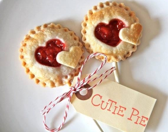 Heart Shaped Pie Pops, Wedding Favors, Bridal Shower, Pies on a Stick ...