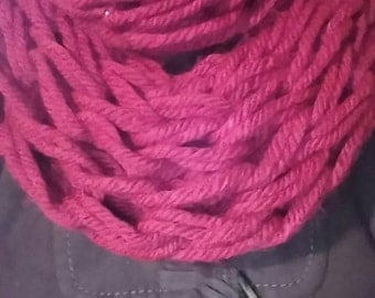 Red net chunky infinity scarf