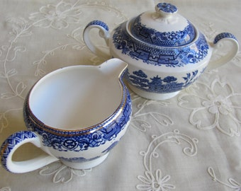 Vintage Blue Willow Creamer and Sugar Bowl