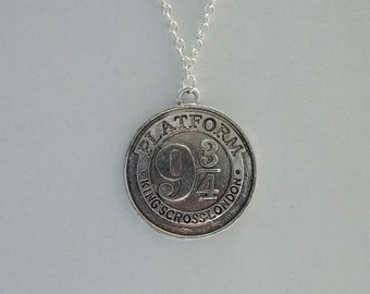 Harry Potter inspired 9 3/4 train platform necklace (macramé/cord/silver-plated chain)