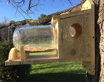Cedar squirrel feeder