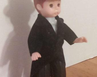 """McDonald's Alexander Groom Doll = closing eyes 4""""  2002"""