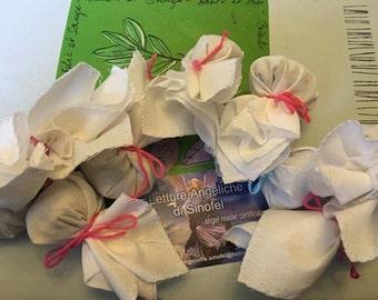 Purifying bath bags