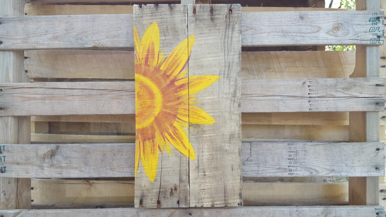 Pallet wall art sun wall art wood pallet art wall hanging wood for Pallet wall decor