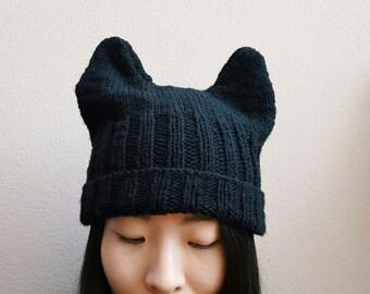 Knitted Ears Beanie -- Black