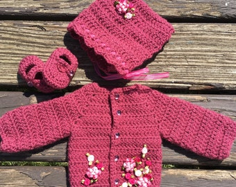 Crochet Baby Girl Outfit (0-3 months)