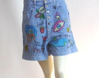 Short jean bleu peint main Motifs dessins enfants Taille 36 Marque Rumeurs | Prix soldé !