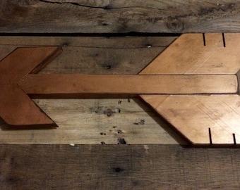Bronze Rustic Wall Arrow