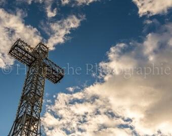 The Mount Royal cross