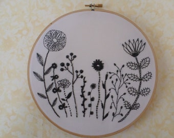 Flower Hoop Art, Embroidery, Wall Art, Hoop Decoration, Wall Decoration
