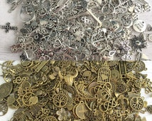 25 Bulk Charm Assortment,Mixed Charms,Pendants,Beads Metal Alloy, Antique Bronze,Silver Diy Bead  Lot #41