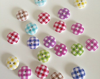 20 Gingham Buttons ~ Checked Buttons ~ Wooden Buttons ~ Gingham Embellishments ~ Card Making ~ Scrapbooking ~ Sewing