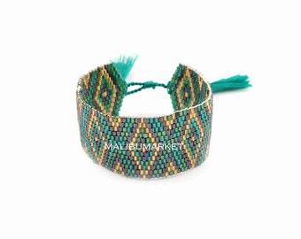 Japanese Pearl green Cuff Bracelet