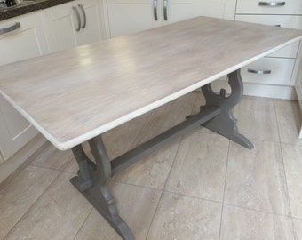 Rustic Dining Table in Annie Sloan Chalk Paint