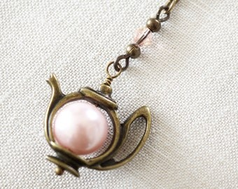 Rose Pink Pearl Teapot Necklace Tea Time Charm Y necklace Alice in Wonderland Mad Hatter Pearl Pendant Fun Jewelry Girlfriend Gift for her