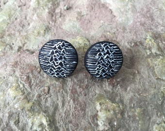 Button earrings, inspired by the artwork of Unknown Pleasures by Joy Division, hand-painted unique piece//music
