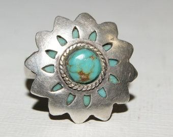 Sterling Silver & Turquoise Native American Vintage Ring Sz. 7.5