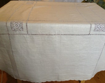 "Round Linen Tablecloth With Decoration ""Broderie Anglaise"". 160 cm (64 inches) in Diameter"
