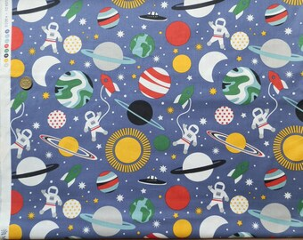 BLEND PRINT FABRIC Planet buzz printed cotton