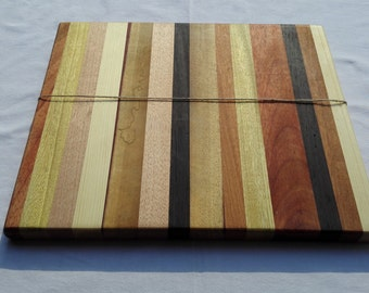 Handcrafted solid wood cutting board 38 x 33 x 2.5 cm