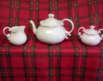 ESTE Ceramic porcellane tea set