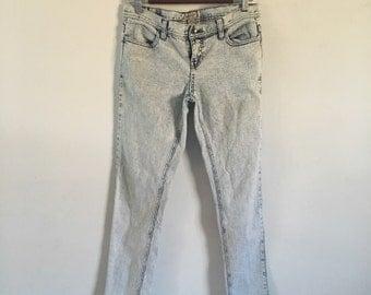Womens skinny acid wash jeans - size 11