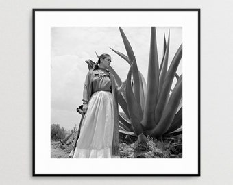 Frida Kahlo Photo Reproduction - Agave Plant -  Print -  Vogue Magazine - Toni Rissell - Wall Art - Mexican Painter - Photo - Latino Art