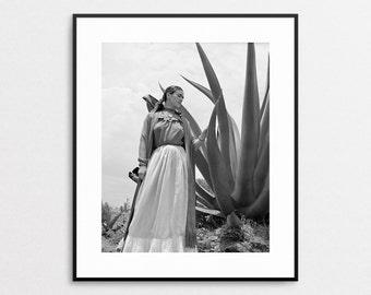 Frida Kahlo Print - Giclee Reproduction - Frida Kahlo Wall Art - Frida Kahlo Photograph - Mexican Art - Frida Kahlo Vogue Fashion Photo