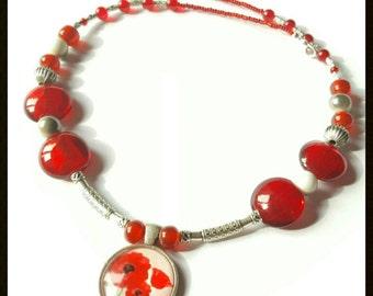 Poppy pendant necklace