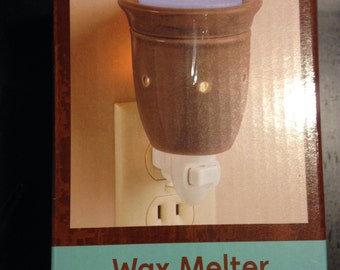 Brown Plug-In Wax Warmer