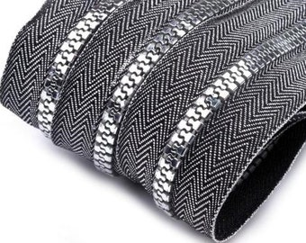 1 m of endless zipper with 1 zipper in silver