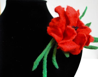 Stylish brooch made from Merino wool, red and green, felt decoration, wool, romantic, poppy , fashionable, gift