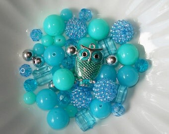 Bead Kit DIY Bubblegum Acrylic Beads Blue-Green Enamel Owl Charm Pendant
