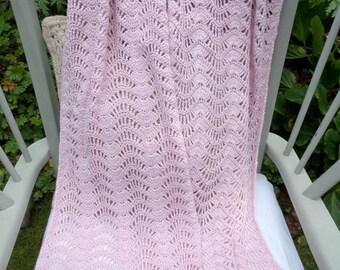 Crochet wrap in baby pink