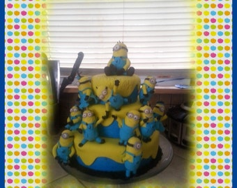 Edible Minions inspired Cake Toppers
