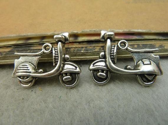 5 3d vespa roller charms antik silber ideal f r anh nger. Black Bedroom Furniture Sets. Home Design Ideas