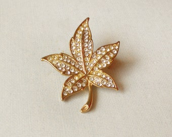 Vintage Gold Leaf Brooch. Maple Leaf Brooch. Women's Jewelry. Vintage Pin. Vintage Brooch. Leaves Jewelry. Nature Jewlery. 1980's Jewelry