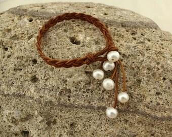 Brown leather bracelet, leather braided bracelet, leather  pearl bracelet, leather wrap bracelet, freshwater pearl bracelet, S 073