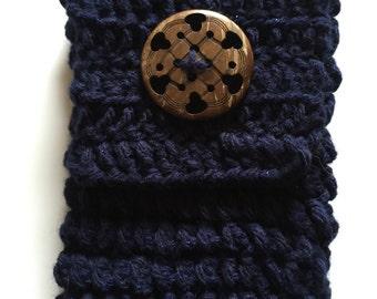 Multifunctional Crocheted Case
