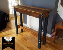 Pallet Table // Reclaimed, Recyled, Upcycled, Industrial. Side Table, Breakfast Bar