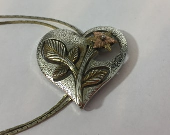 LADIES BOLO, Tri colored flower, rose gold, non magnetic silver, unmarked, Heart shaped