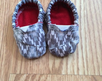 Grey and white baby booties