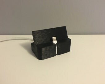 3D Printed iPhone Charging Station Dock