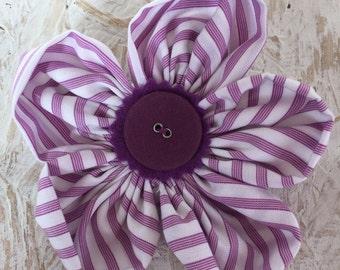 Flower Brooch,Fabric Brooch,Fabric Flower Brooch,Brooch,Handmade,White & Purple